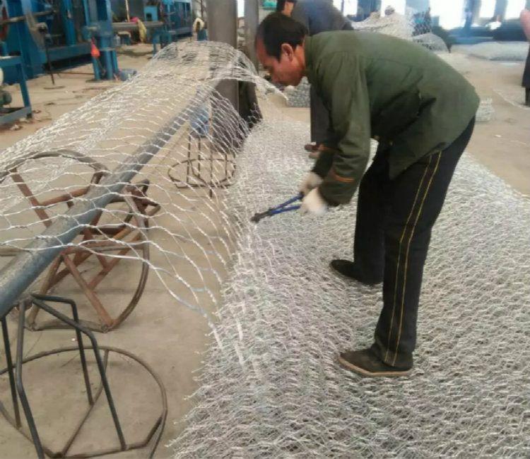 十堰钢丝石笼网箱 湖北河渠施工六角石笼-边坡防护钢丝网