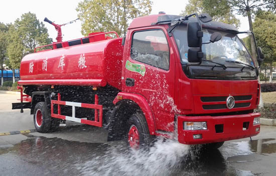 国五东风小多利卡5吨消防洒水车销售