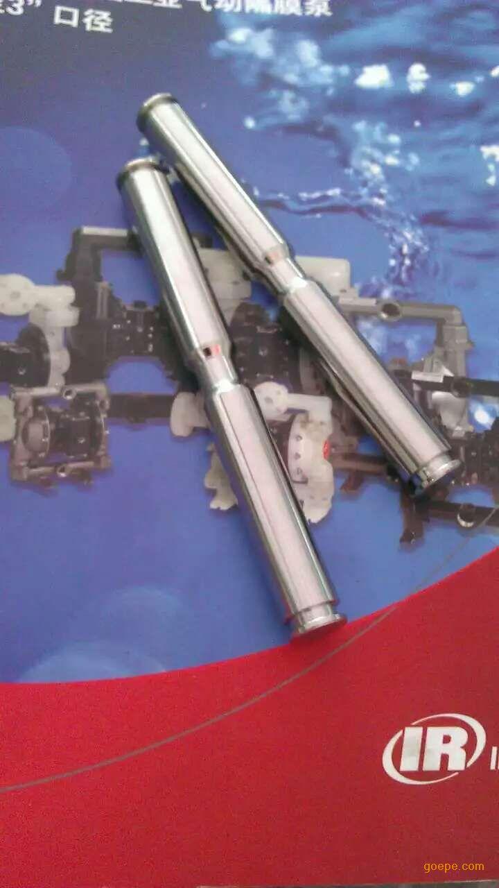 英格索兰气动隔膜泵主要运用在以下方面: 1.油轮/客车/火车卸料2.大型罐/罐区输送3.废水处理4.化工生产5.普通输送/供给6.包装/填充7.批量处理/混合8.系统冲洗9.循环/回收。通用工业和OEM成套装置。海事:(排放和输送:1.污水2.海水3.柴油)。电子:(排放和输送:1.废水2.强酸3.