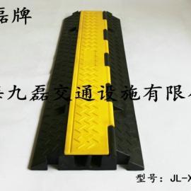 地面橡胶过线槽,车间橡胶过线槽,路面橡胶过线槽,道路橡胶过线槽