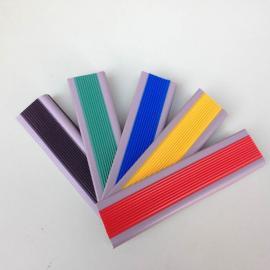 供应L型软质塑胶防滑条