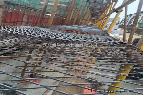 钢笆片|钢笆网|建筑脚踏网片_菱形孔钢板网