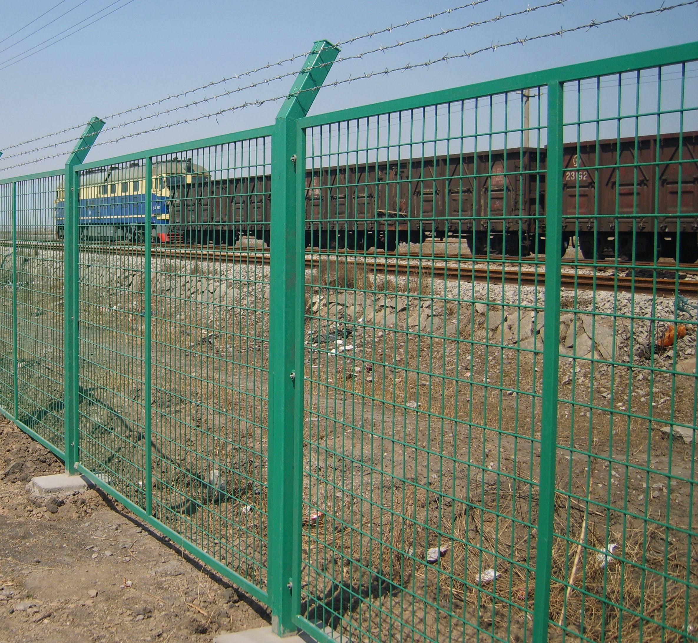莱邦厂家直销框架隔离栅 现货框架护栏网 草绿色框架护栏网