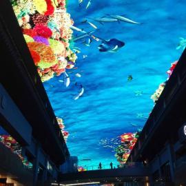商业中心创意LED天幕大彩屏设计安装厂家