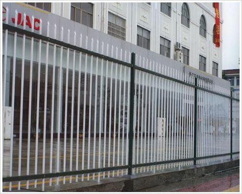莱邦高质量锌钢护栏网 现货体育锌钢护栏网 锌钢防护网