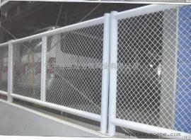 实体销售桥梁两侧栅栏网片 桥梁防抛网 浸塑绿色铁丝隔离网