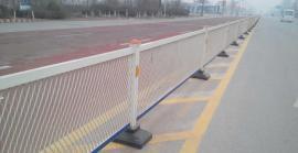 高速公路钢板网菱形孔防眩网带框护栏,隔离铁网栅栏防眩目网
