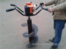 小型挖坑机也叫土地挖洞机