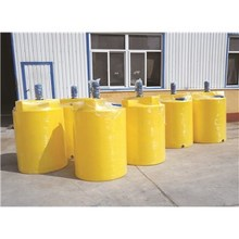 8吨容量抗腐蚀聚乙烯调配罐