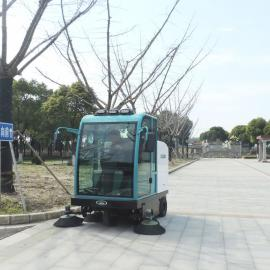 驾驶式扫地车环卫垃圾石子清扫车物业道路全封闭式电动扫地机