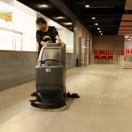 驾校食堂洗地机高美GM50B青浦工厂地坪拖地机手推式
