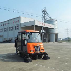 大型仓储厂区路面清扫车 工业园区全封闭驾驶式扫地车 节省人工