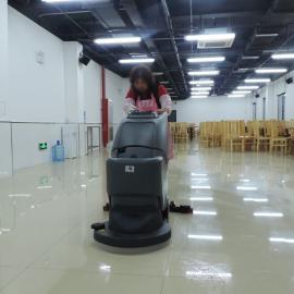 静音电动洗地机 全自动洗地吸干机 卢湾大型商场洗地设备GM56B
