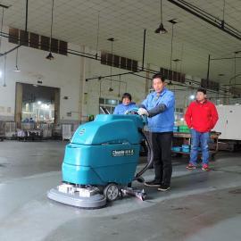 食品厂PVC地面油污清洁机器手推式洗地机车间地坪清扫机双刷