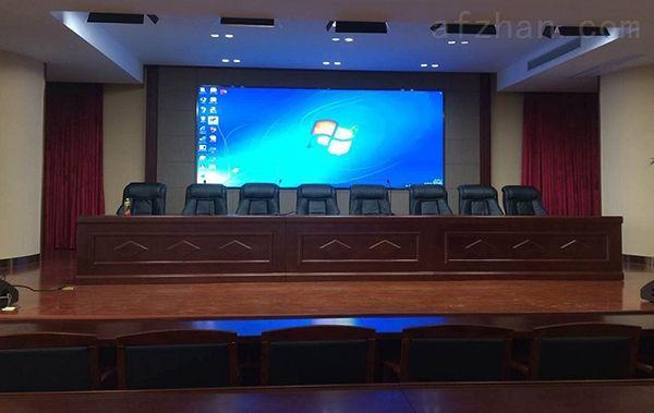 报告厅3840高分辨率P2.5高清LED显示屏一平米多少价钱
