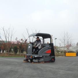 青浦驾驶式户外扫地车工厂物业小区用清扫车道路室外电动扫地机