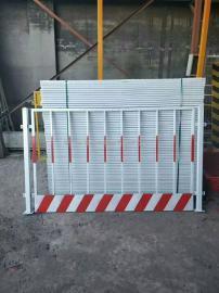 莱邦大量生产双板竖管基坑护栏网 单板竖管基坑防护栏