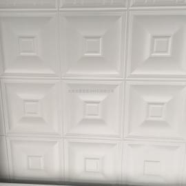 豪瑞�X扣板�L涂工�均�蚣��,能有效避免吊�表面粉化�F象