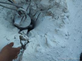 钢筋混凝破除土静态劈裂机劈裂棒