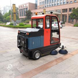 电动扫地车驾驶式