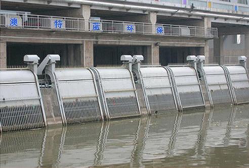 泵站入水口的联排回转式格栅除污机