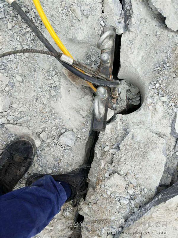 石头硬打不动快速凿岩设备