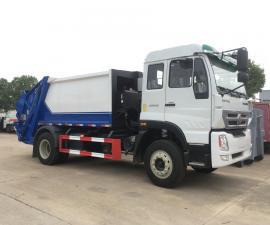 中国重汽8吨10吨压缩垃圾车/翻斗压缩车 /出口垃圾压缩处理车