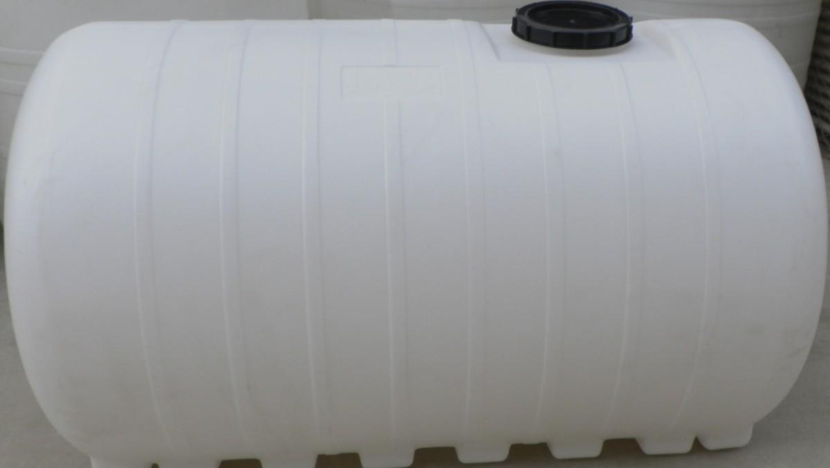3吨水塔1吨储水塑料桶3000L卧式塑料桶3吨打药机塑料桶