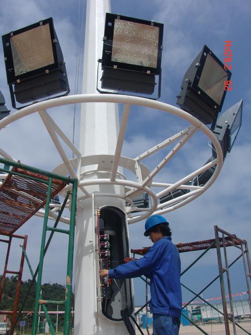 2,电源:50hz,交流三相五线制,380v/220v; 3,高杆灯的配电控制箱应