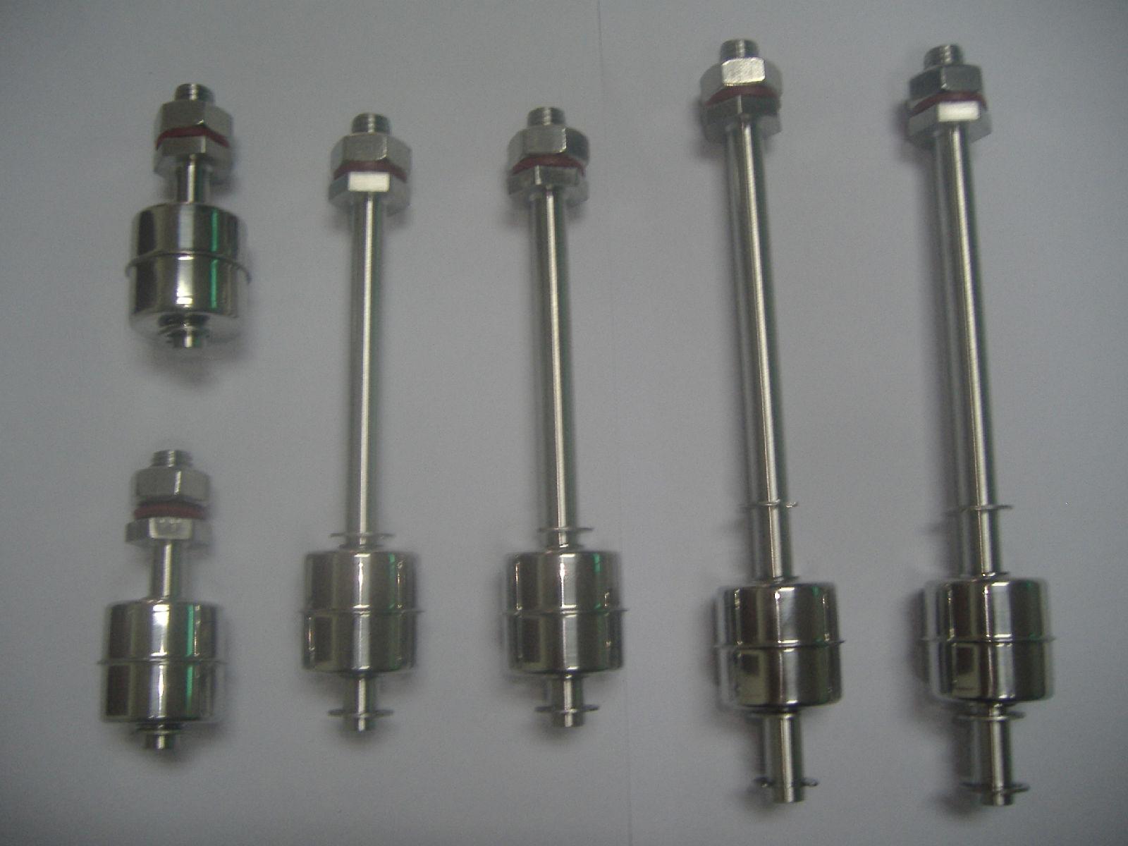 球液位开关是一种结构简单,使用方便的液位控制零件,它设有复杂的电路