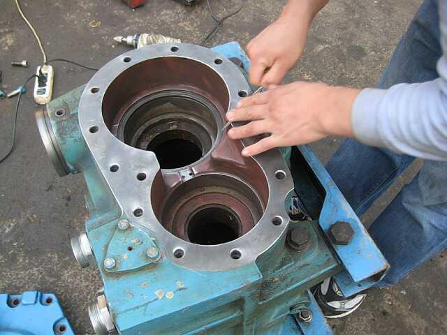 娄底空压机维修-空压机维修-维修螺杆式空压机