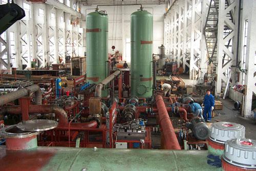 海洋平台等工业领域也有广泛的应用,输送原油,乳胶液等,   ●在食品