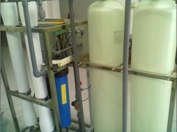 3)控制:泵后用调节阀调节压力及进水量.图片