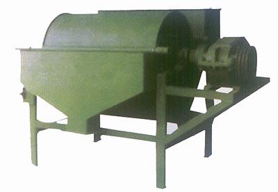 湿式永磁筒式磁选机按照槽体结构分为顺流式,逆流式 ,半逆流式
