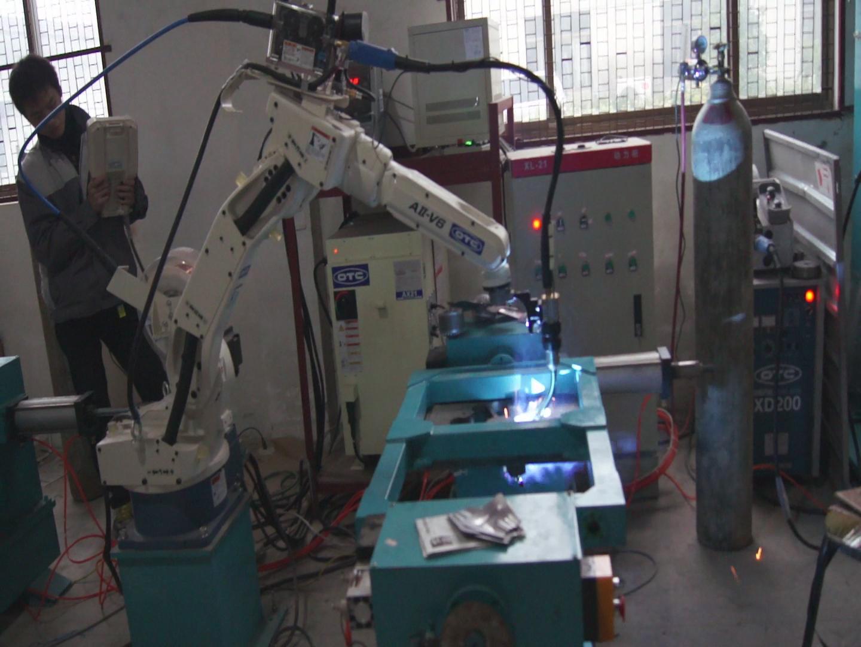 產品展示 機械手 >> 供應otc松下二氧化碳焊機弧焊機器人氬弧焊機器人