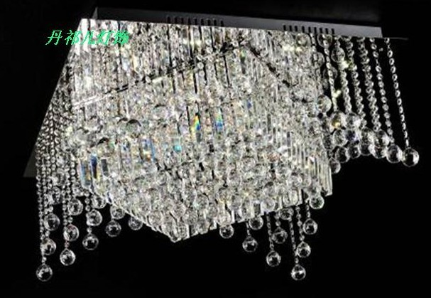 中山别墅客厅水晶灯
