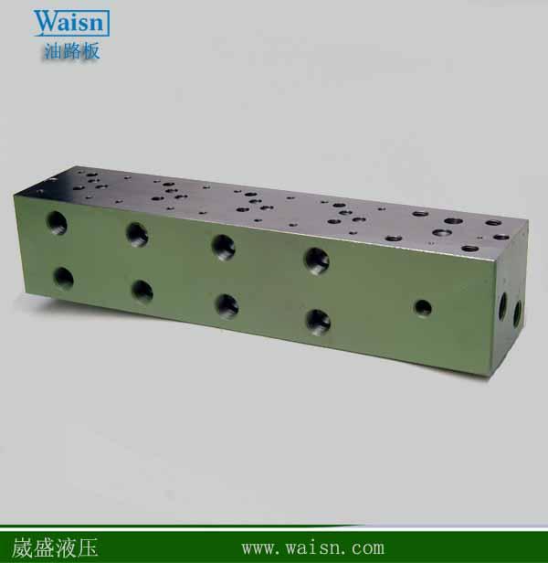 于2002年在广东东莞投入一个液压集成块系统设计加工厂,均采用cnc加工图片