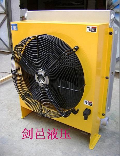 而且有些地方水资源是相当匮乏,风冷却器在使用中从而克服了传统水冷图片