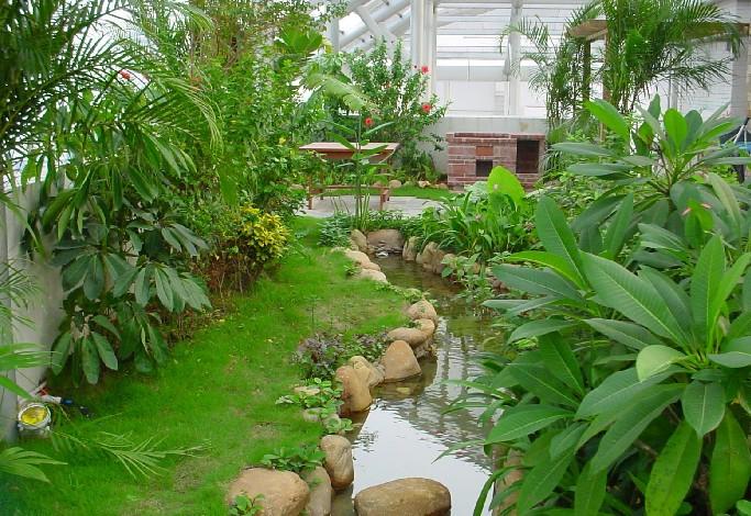 西安屋顶花园植物配置