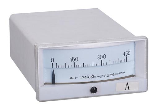 1t1电流表结构特征:1t1电流表为胶木外壳,玻璃窗口,磁电系内磁式