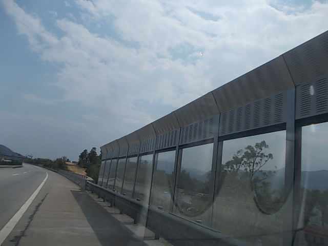 高速公路隔音屏,高速公路隔音墙