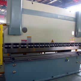 WF67K-500T/6000液压板料数控折弯机