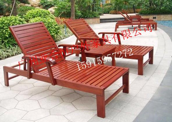 公园躺椅简笔画