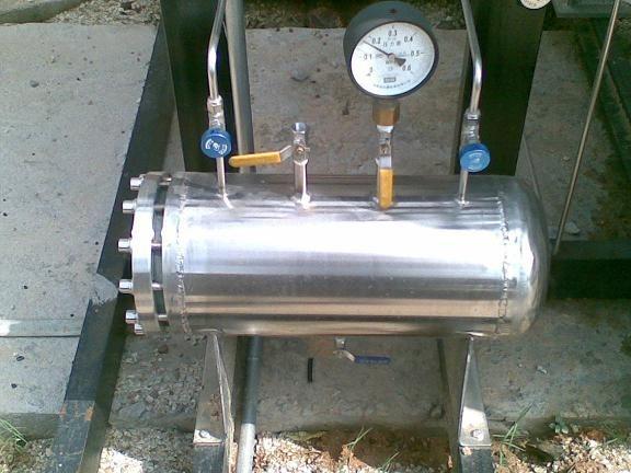 低温液体杜瓦罐汇流排图片
