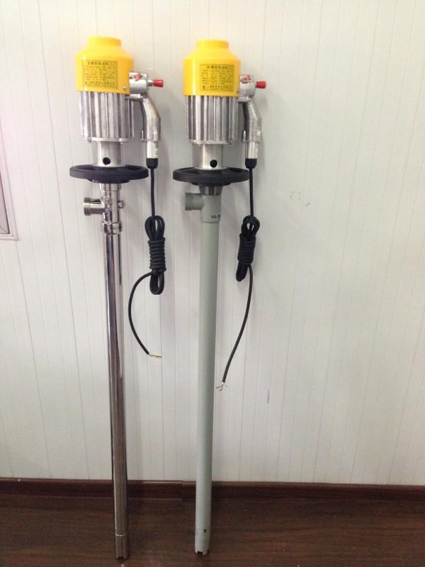 中球牌JK-3B-7RPP防爆型塑料油桶泵广泛用于化工、石油化工、精细化工、染料化工、环保、水处理、医药、食品等企事业单位部门输送酸、碱、盐、油品、饮料等介质及抽吸各种低粘度无颗粒液体。SB系列电动抽液泵同时适用于中小型油田、油库、炼油厂、加油站、农机站、企事业单位、车队、车辆船舶等,是输送汽油、煤油、柴油、轻质燃油的理想工具。根据所输送的液体性质,泵体沾湿部分材料可选用铝合金、优质不锈钢,增强聚丙烯等组成。驱动电机配备单相标准电机,防爆电机,高转速电机等多种选择。(JK-3B、JK-3B-7、SB-3型