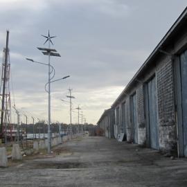 广州专业生产节能型风光互补路灯