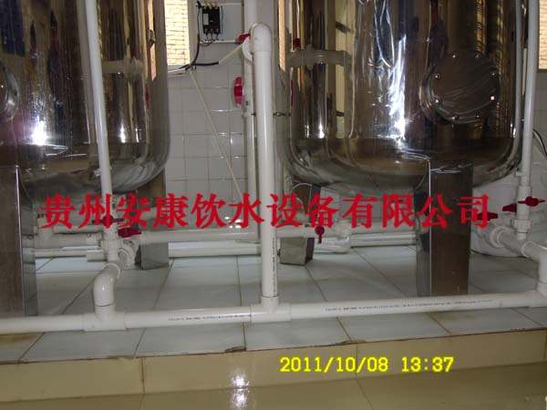 (贵州贵阳)桶装水生产线【桶装水灌装机】