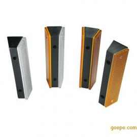 轮廓标图片 附着式轮廓标 柱式轮廓标 长方形隧道轮廓标