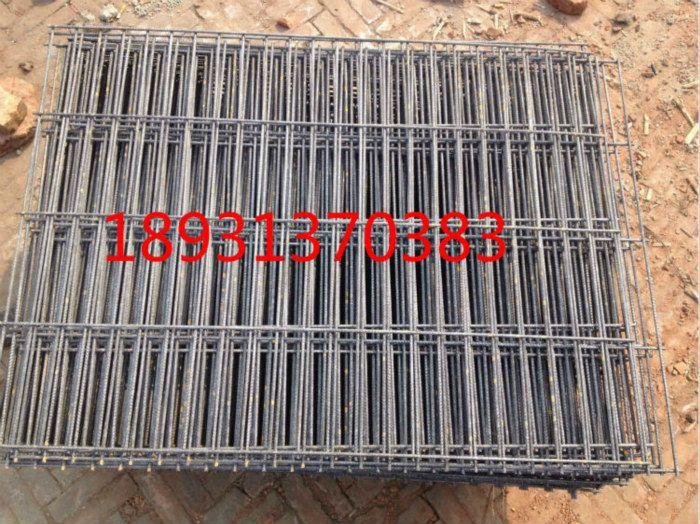 深圳订购钢笆厂家大批量价低 喷漆菱形踏板钢笆一次订购节约成本