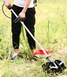 小巧灵活背负式割草机方便快捷价格图片